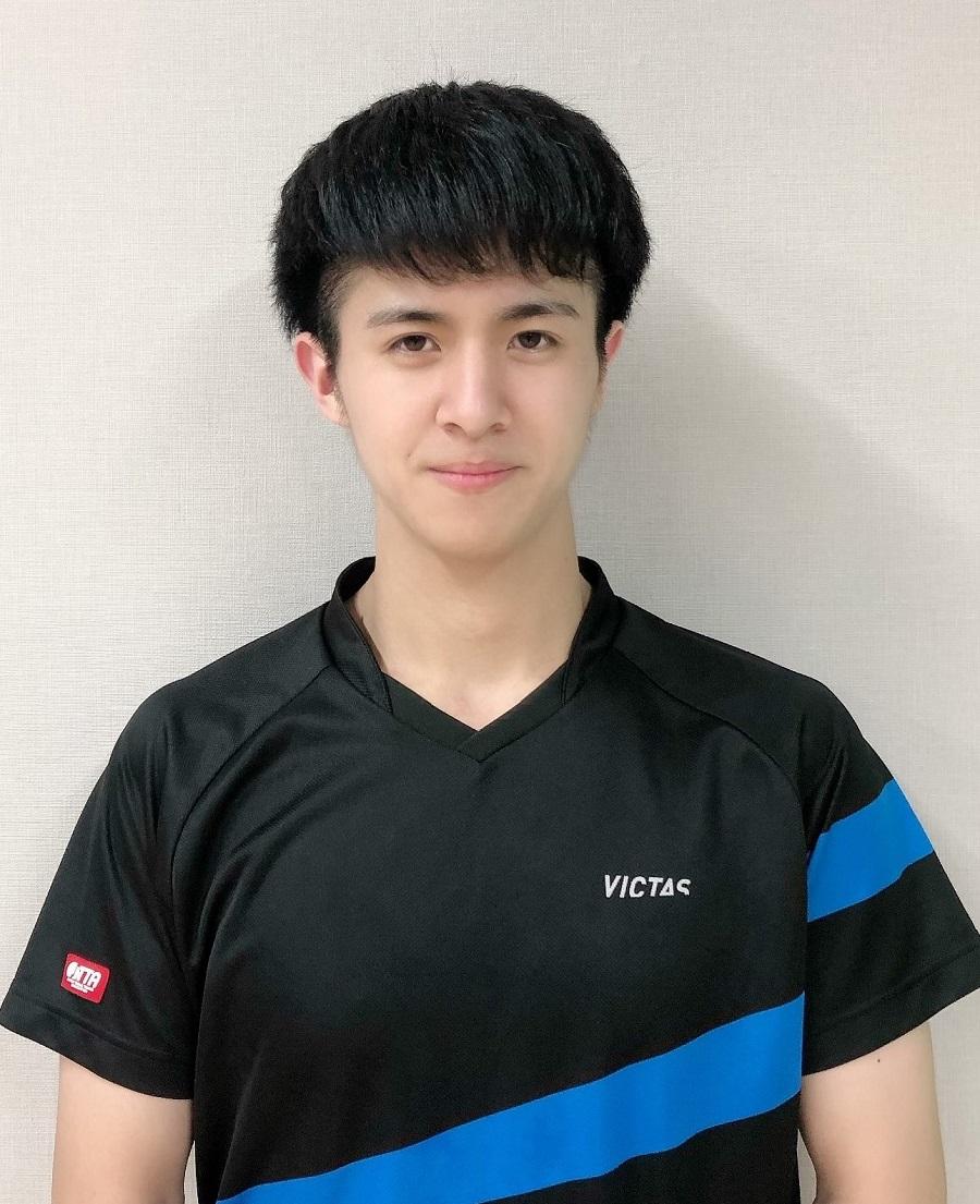山田善生コーチ写真